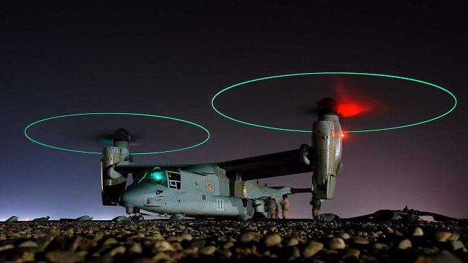 Унікальний груповий політ десяти конвертопланів V-22 Osprey, - відео