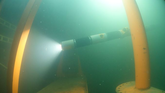 Робот-змія Eelume вперше виходить у відкрите море