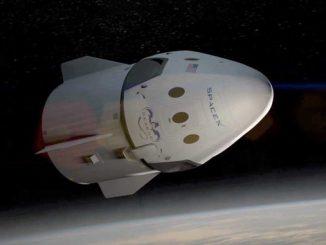 SpaceX розкрила подробиці польоту знаменитостей до Місяця