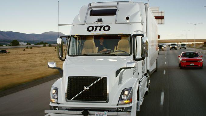 Вантажний автомобіль-робот здійснив першу в історії доставку товару