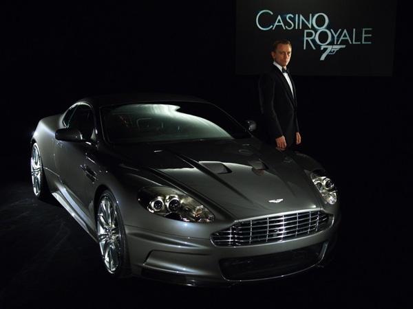 Aston Martin DBS авто джеймса бонда
