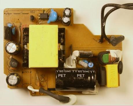 Що робити, якщо ноутбук не заряджається або при роботі від акумулятора виникають проблеми