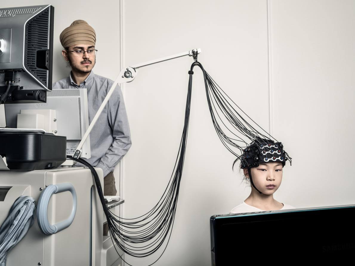 Психолог з Університету Торонто вивчає розвиток брехні в людях за допомогою інфрачервоної спектроскопії