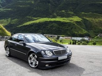 Як розумний автомобіль може стежити за власником