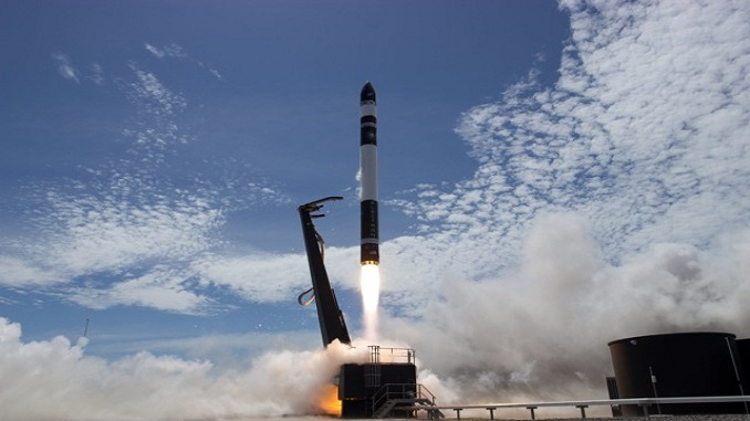 Rocket Lab вперше успішно запустила легку ракету Electron