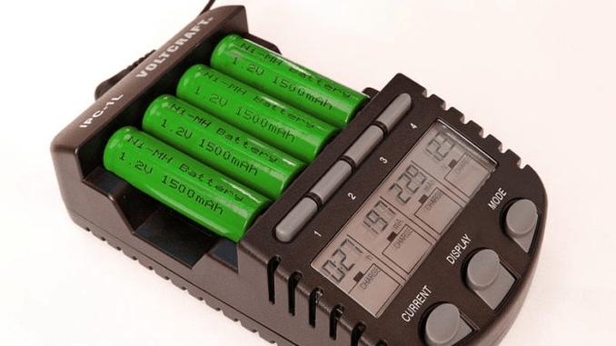 Як правильно заряджати пальчикові акумулятори