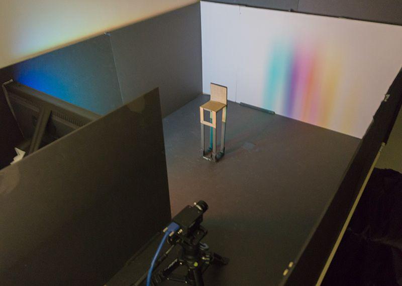 Вчені розгледіли приховані за кутом об'єкти на кадрах звичайної камери