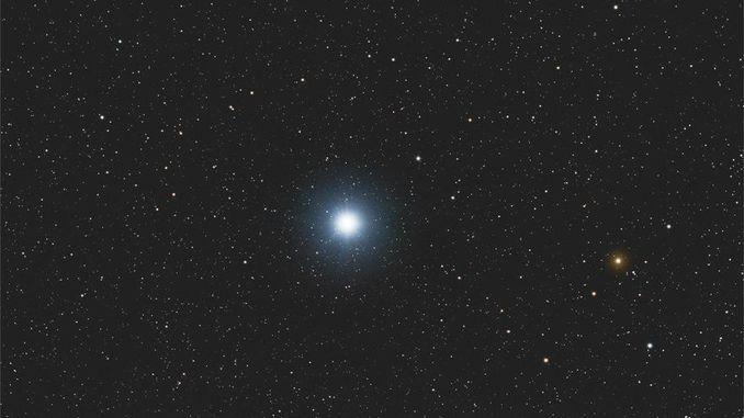 Астрономи з'ясували, що зірки відбивають світло