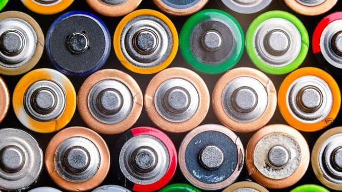 протікають батарейки