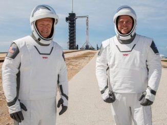 Скафандри SpaceX