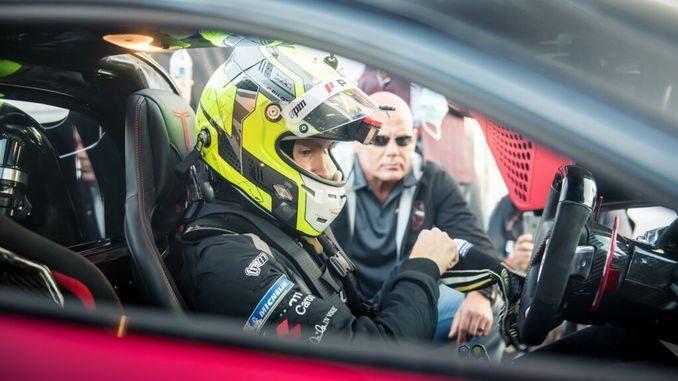 Новий світовий рекорд швидкості автомобіля: серійний автомобіль розігнали до 532 кілометрів на годину - новий світовий рекорд