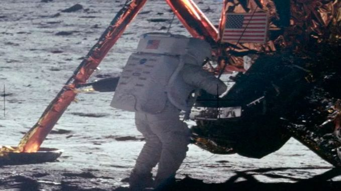 факти висадку людини на Місяць Міфи про Місяць