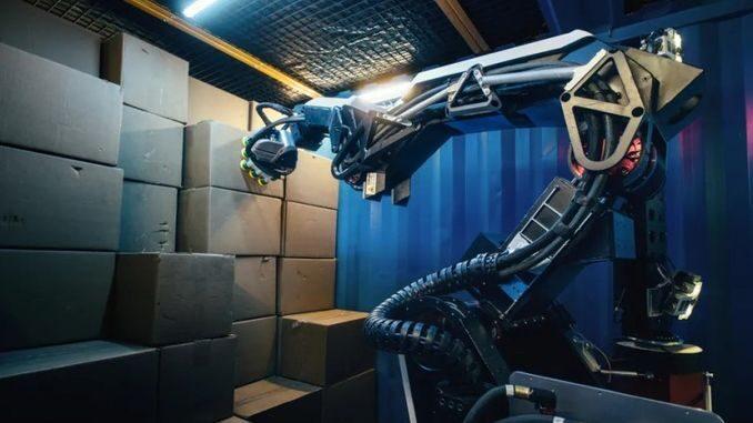 Робот-вантажник на склад представили у Boston Dynamics
